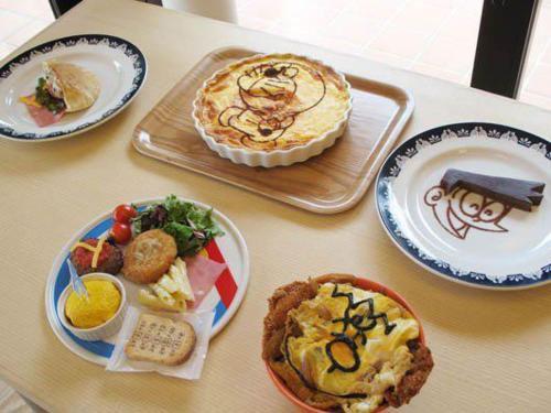 Блюда в кафе музея Дораэмона