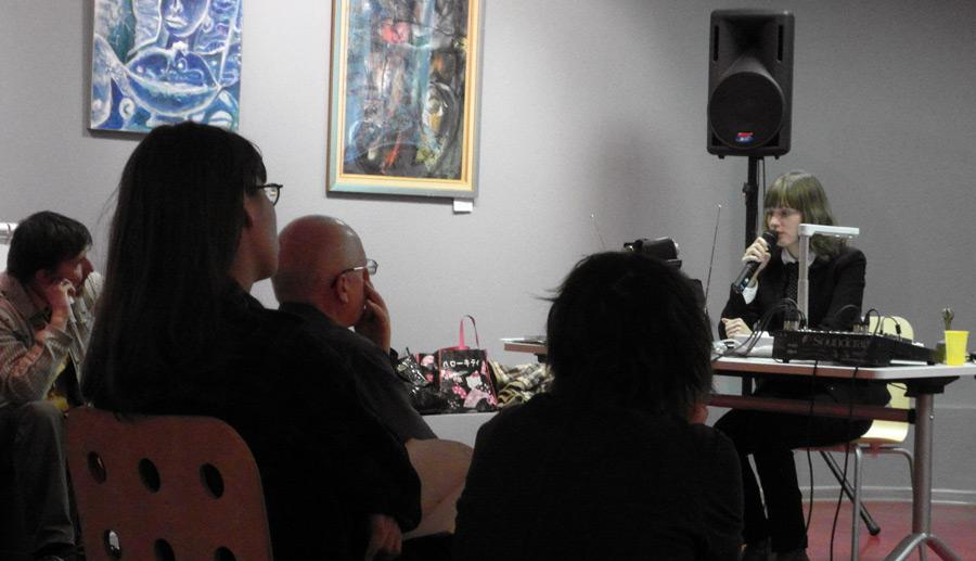 """Выступление с лекцией """"Ретроспектива жанра эро-гуро"""", РГБМ 11.11.2011"""