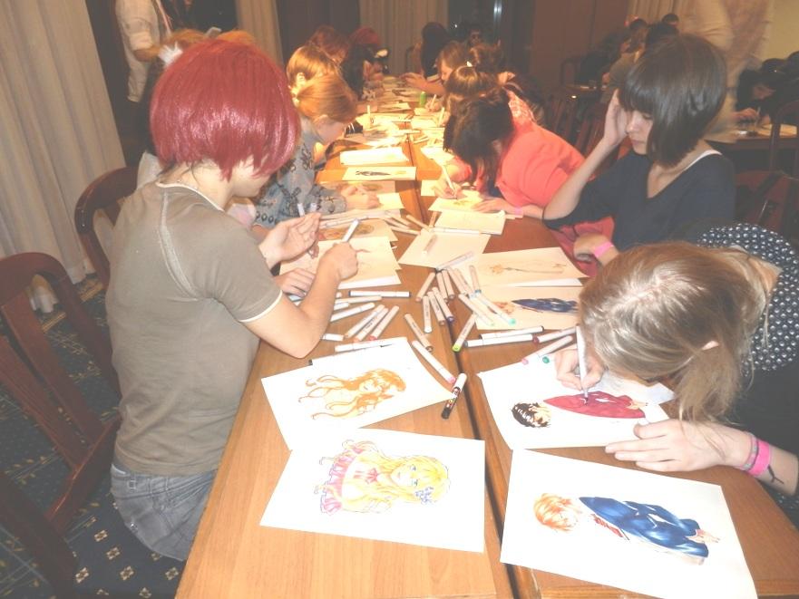 Участники мастер-класса по цветной иллюстрации